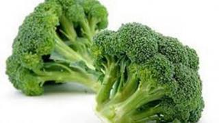 Крупные головки у капусты брокколи