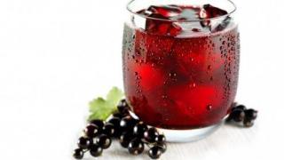 Сок из чёрной смородины