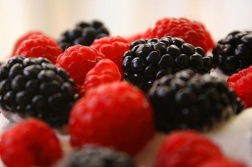 ягоды малины разных сортов